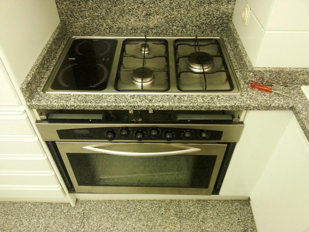 Sustituci n cocina de gas franke por vitrocer mica teka tr 841 - Cocina vitroceramica teka ...