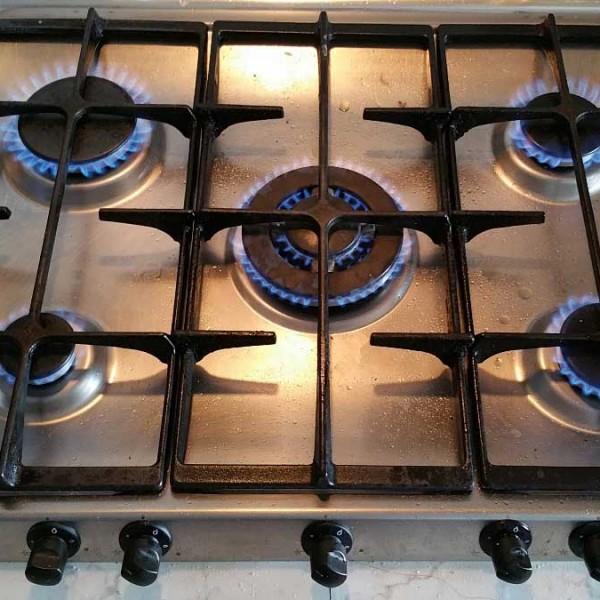 Cocina gas ariston un fuego no enciende for Cocina de gas profesional