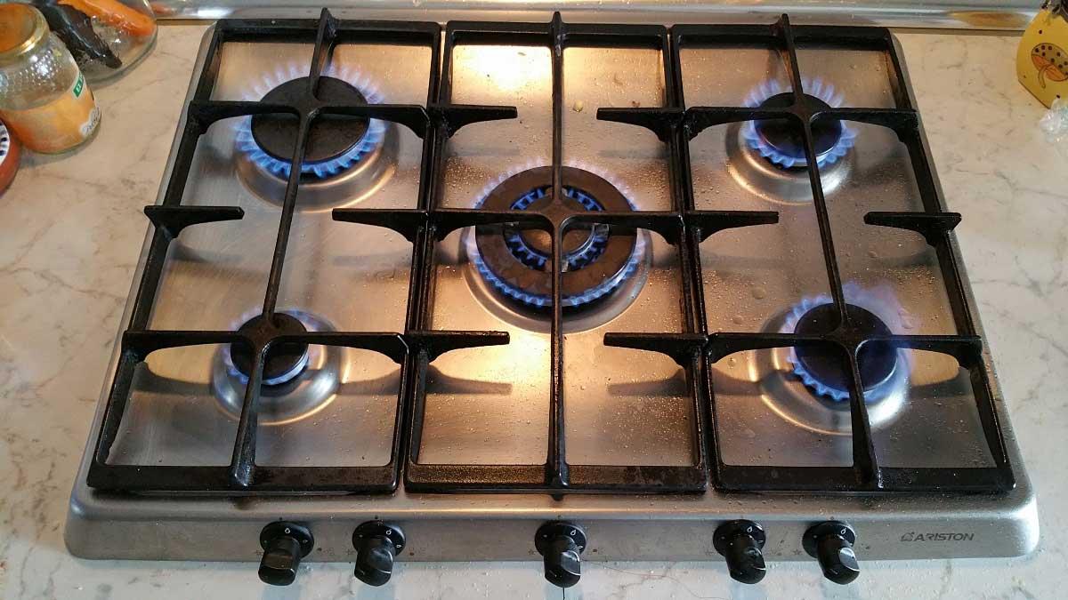 Cocina gas ariston un fuego no enciende - Cocina de fuego ...